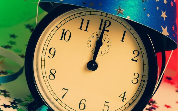 19 HD Outstanding Clock Wallpapers