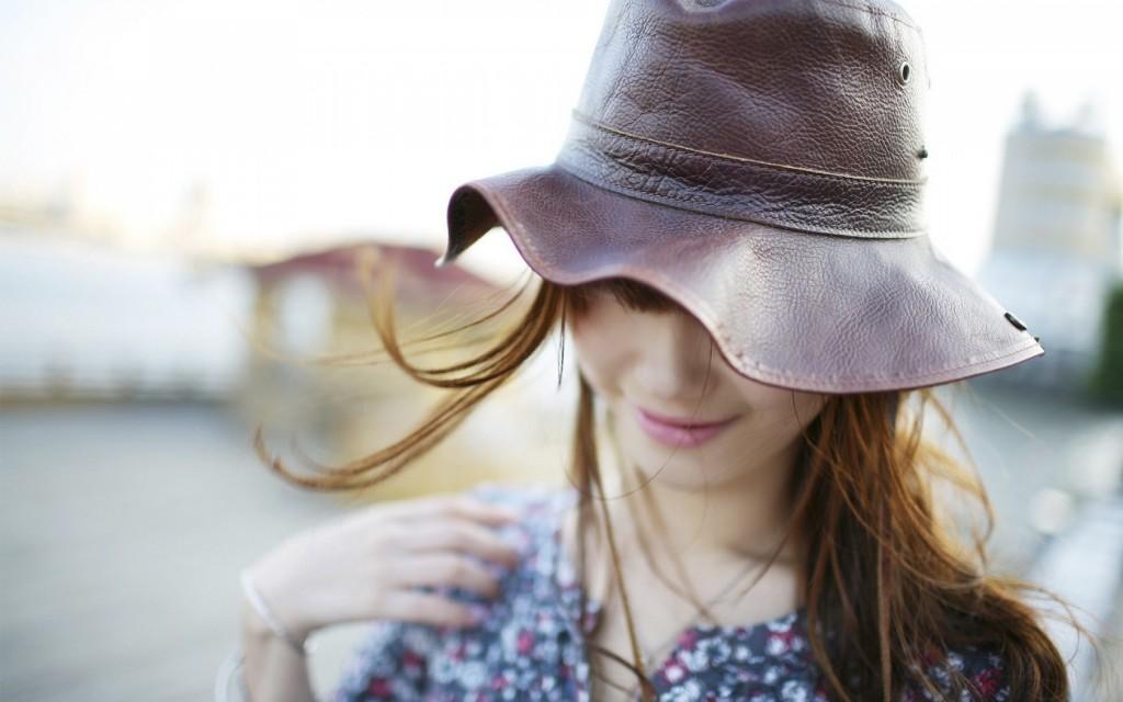 girl-hat-wallpaper-43333-44378-hd-wallpapers