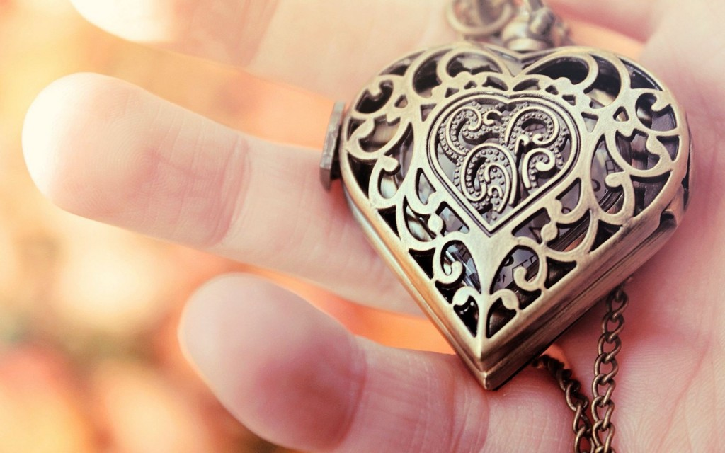 necklace-hd-35488-36298-hd-wallpapers