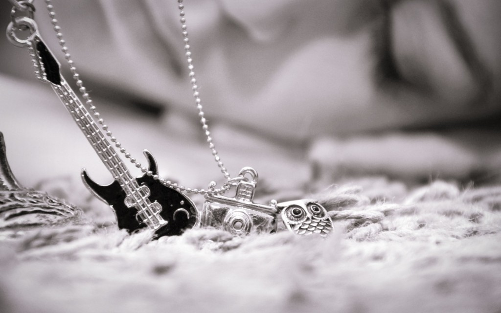 necklace-wallpaper-35480-36290-hd-wallpapers