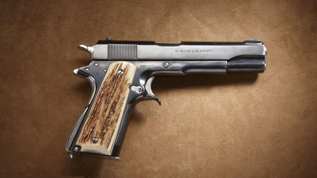pistol-wallpaper-41659-42637-hd-wallpapers