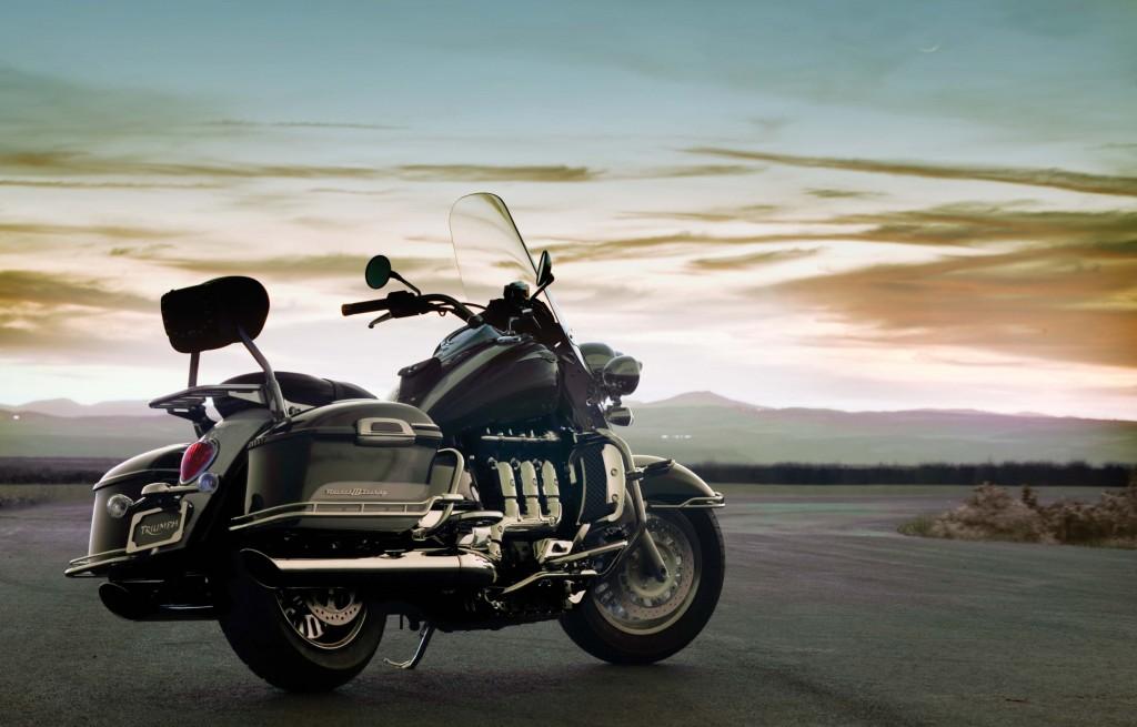 triumph-bike-wallpaper-background-49589-51264-hd-wallpapers