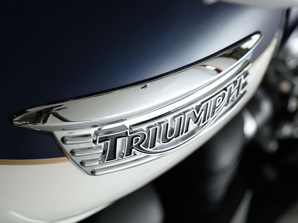 triumph-logo-wallpaper-43826-44907-hd-wallpapers