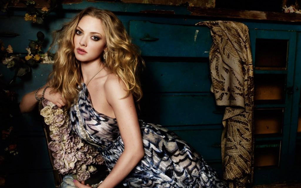 amanda seyfried celebrity wallpapers