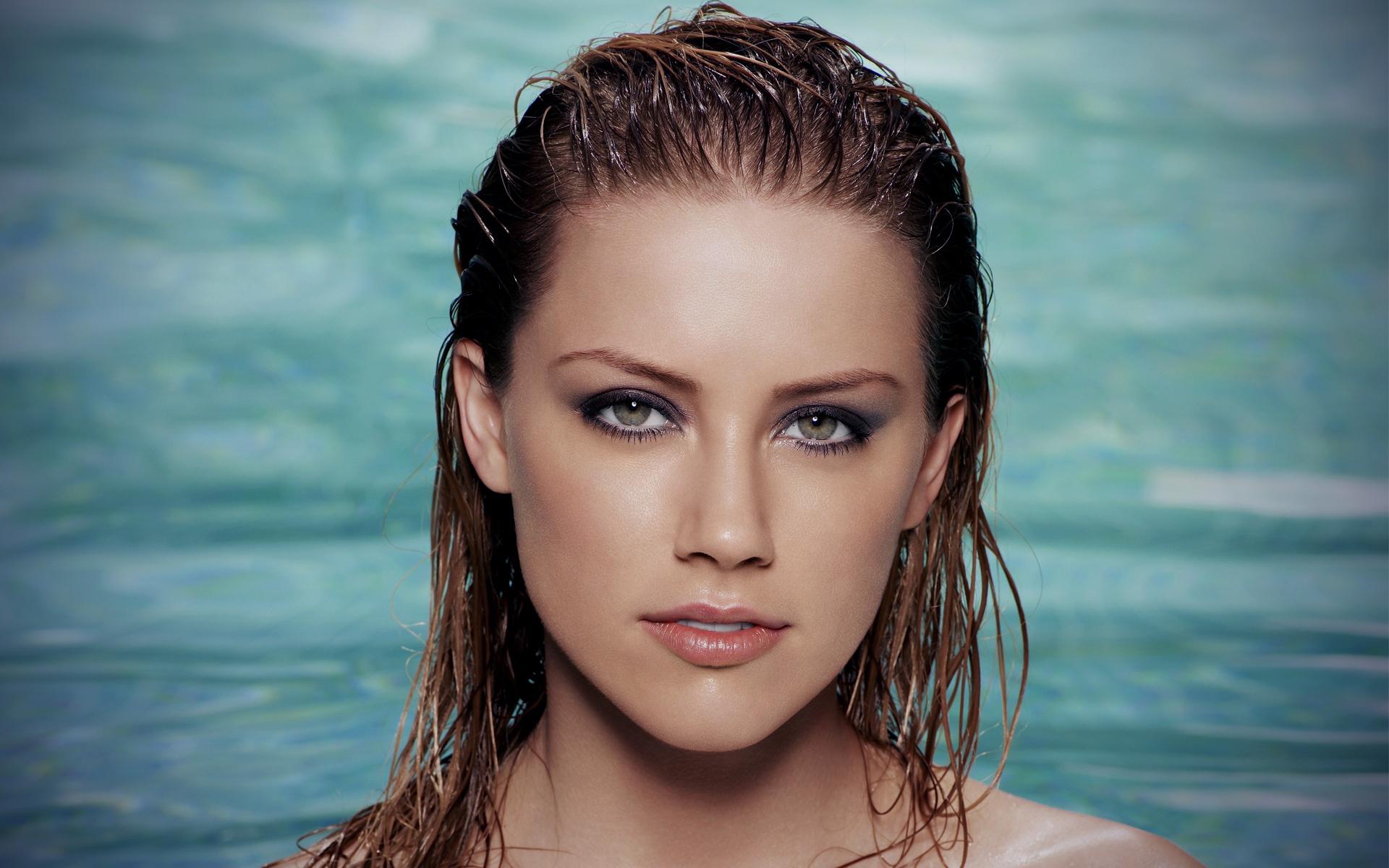Amber Heard Hd: 20 Gorgeous HD Amber Heard Wallpapers