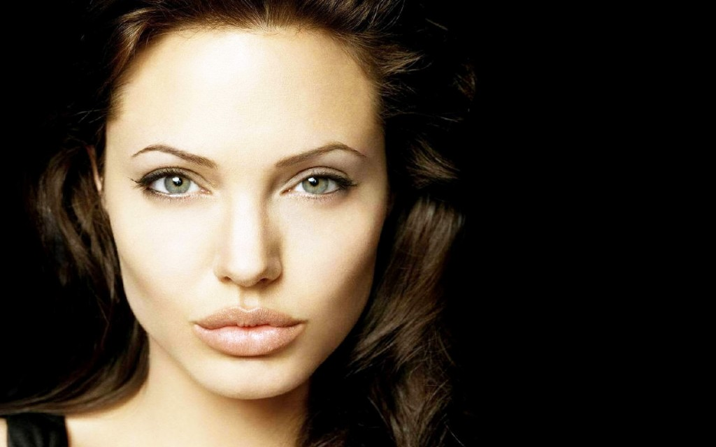 angelina-jolie-face-wallpaper-50329-52019-hd-wallpapers