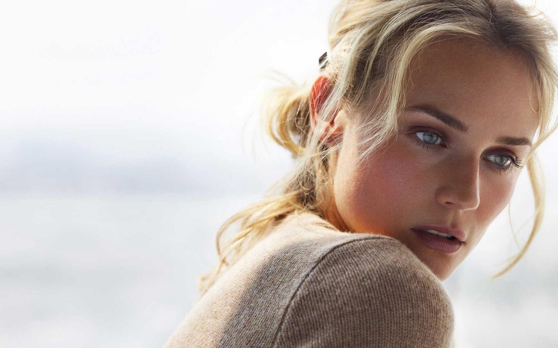 18 Beautiful Hd Diane Kruger Wallpapers-8161