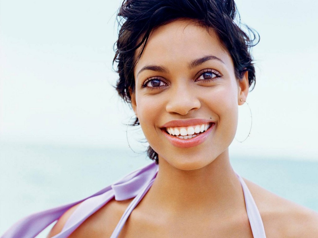 beautiful rosario dawson wallpapers
