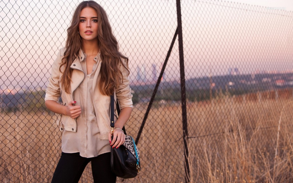clara alonso computer wallpapers