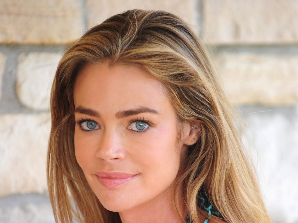 denise richards face wallpapers