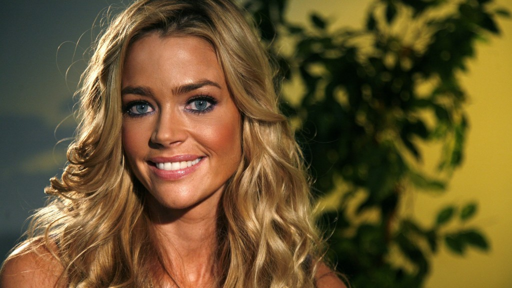 denise richards widescreen wallpapers