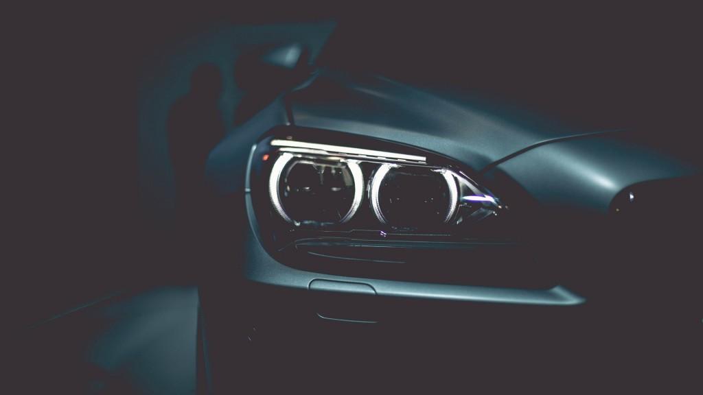 headlights-widescreen-wallpaper-50169-51856-hd-wallpapers