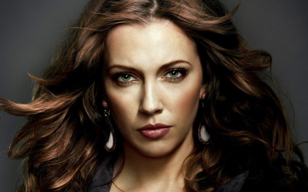 katie cassidy face wallpapers