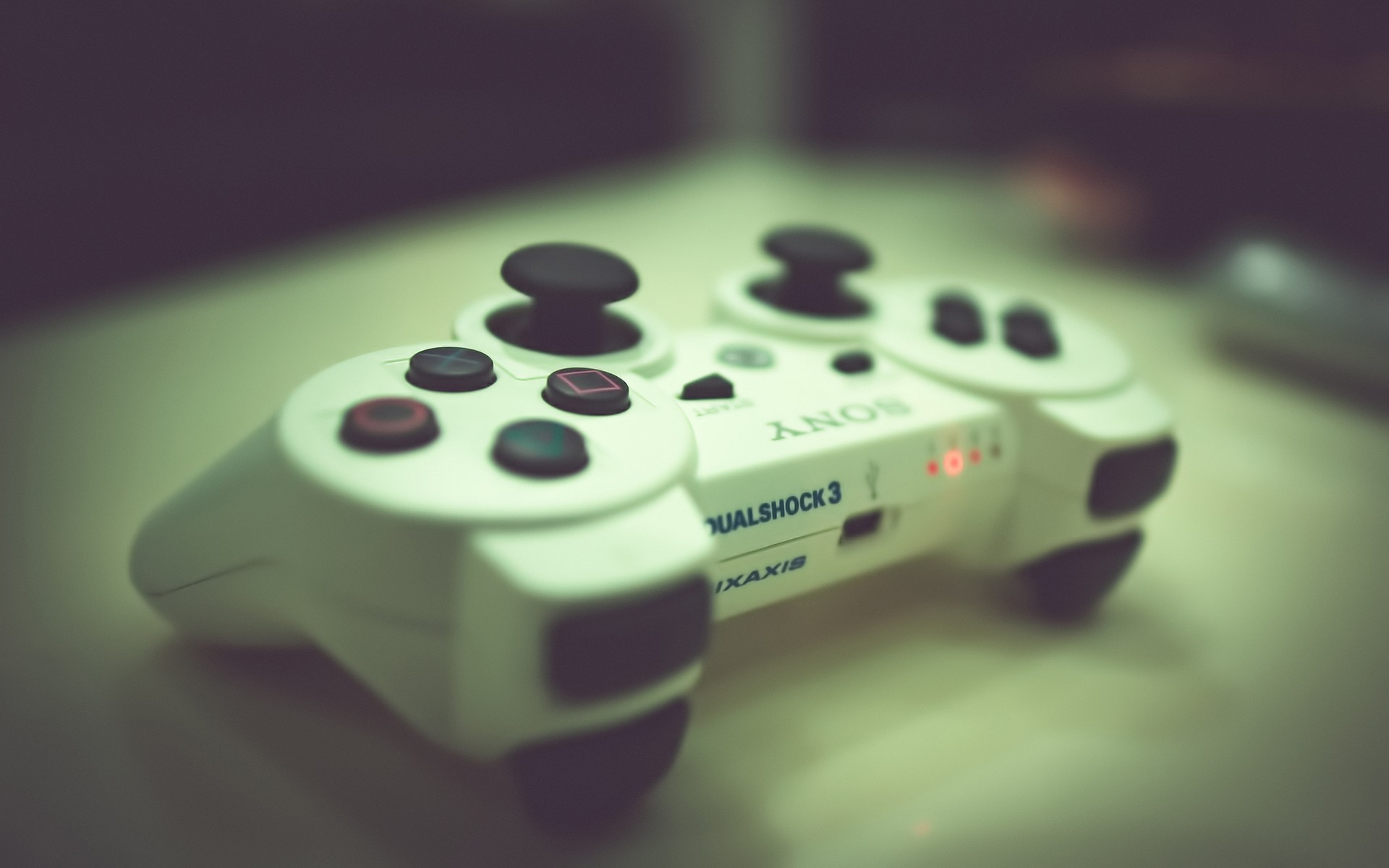 Gamer Thug Controller Hd Wallpapers: 5 Awesome HD Gaming Controller Wallpapers