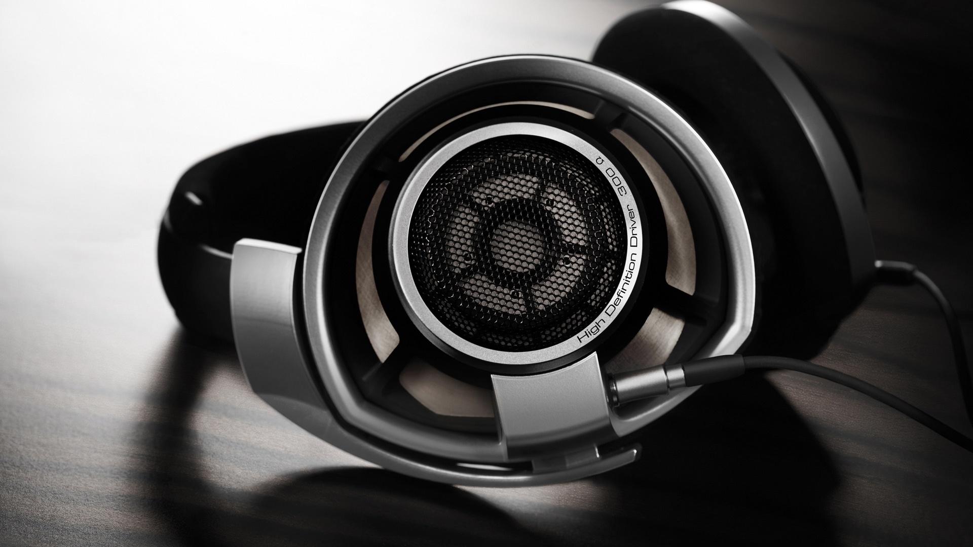 11 HD Sennheiser Headphones Wallpapers