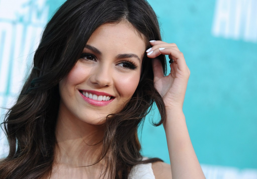 victoria justice pictures wallpapers