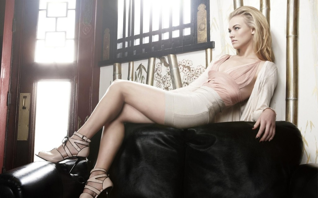 yvonne strahovski computer wallpapers