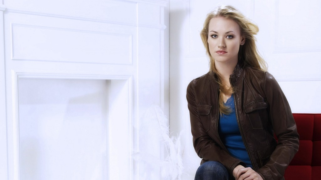 yvonne strahovski desktop wallpapers