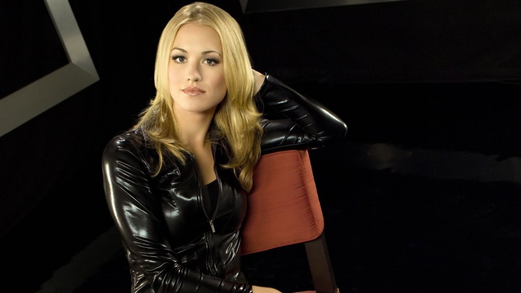 yvonne-strahovski-hd-22746-23378-hd-wallpapers