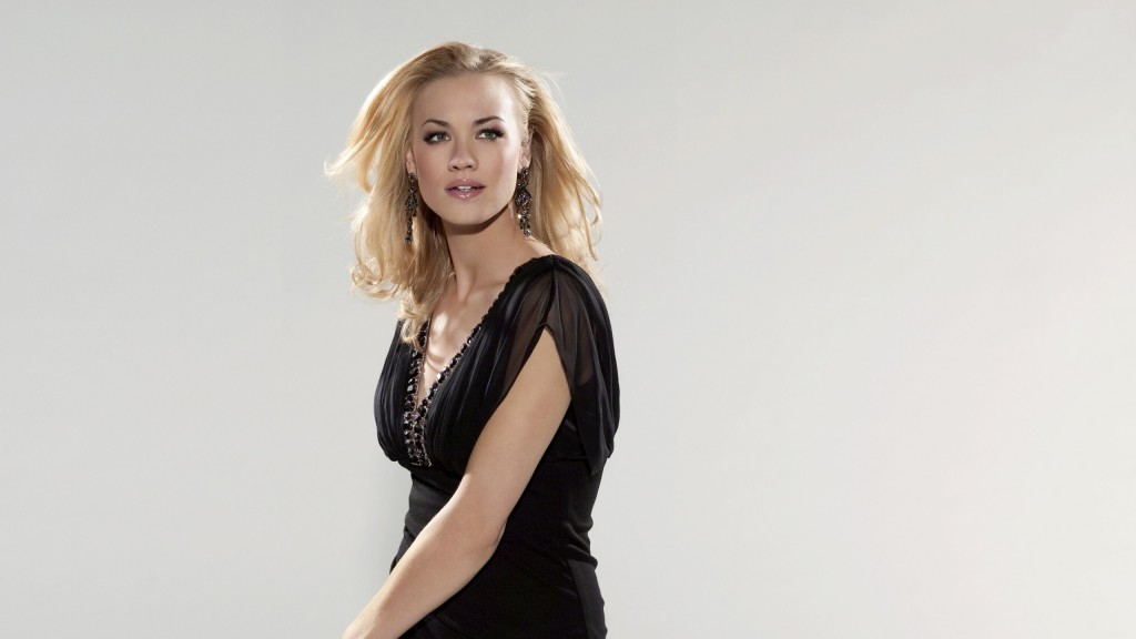 yvonne strahovski wide wallpaper wallpapers