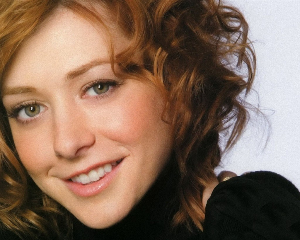beautiful-alyson-hannigan-24775-25447-hd-wallpapers