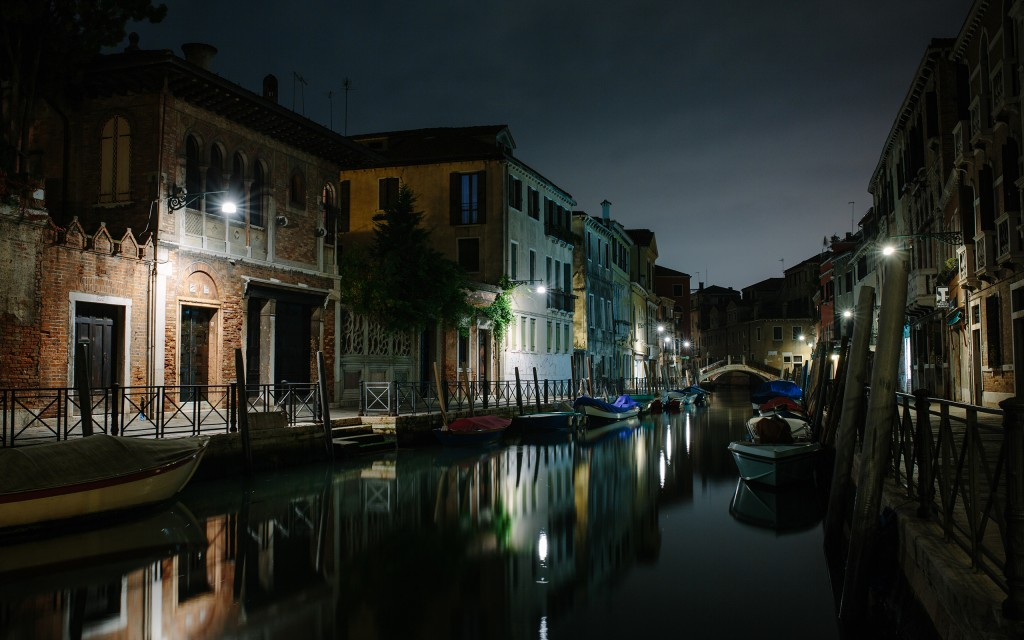 beautiful-canal-wallpaper-36741-37580-hd-wallpapers