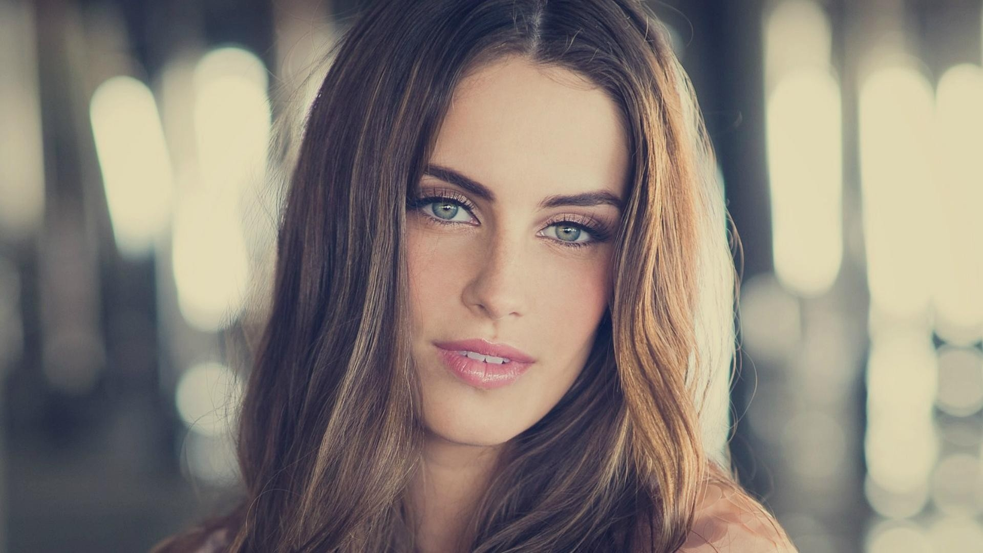 14 HD Jessica Lowndes Wallpapers