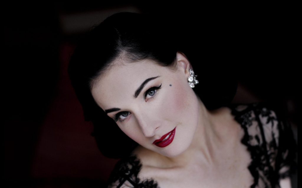dita von teese desktop wallpapers