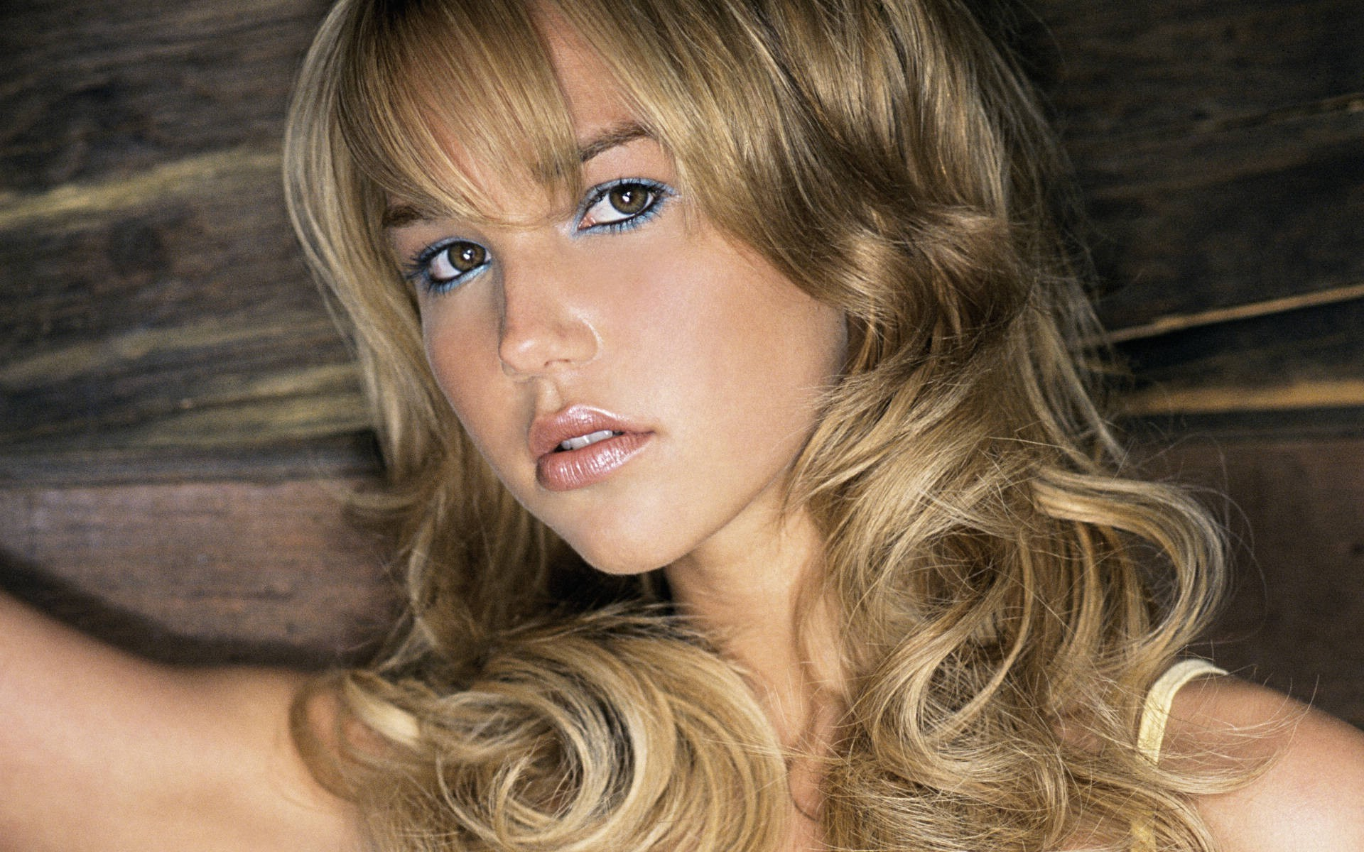 14 Hd Arielle Kebbel Wallpapers