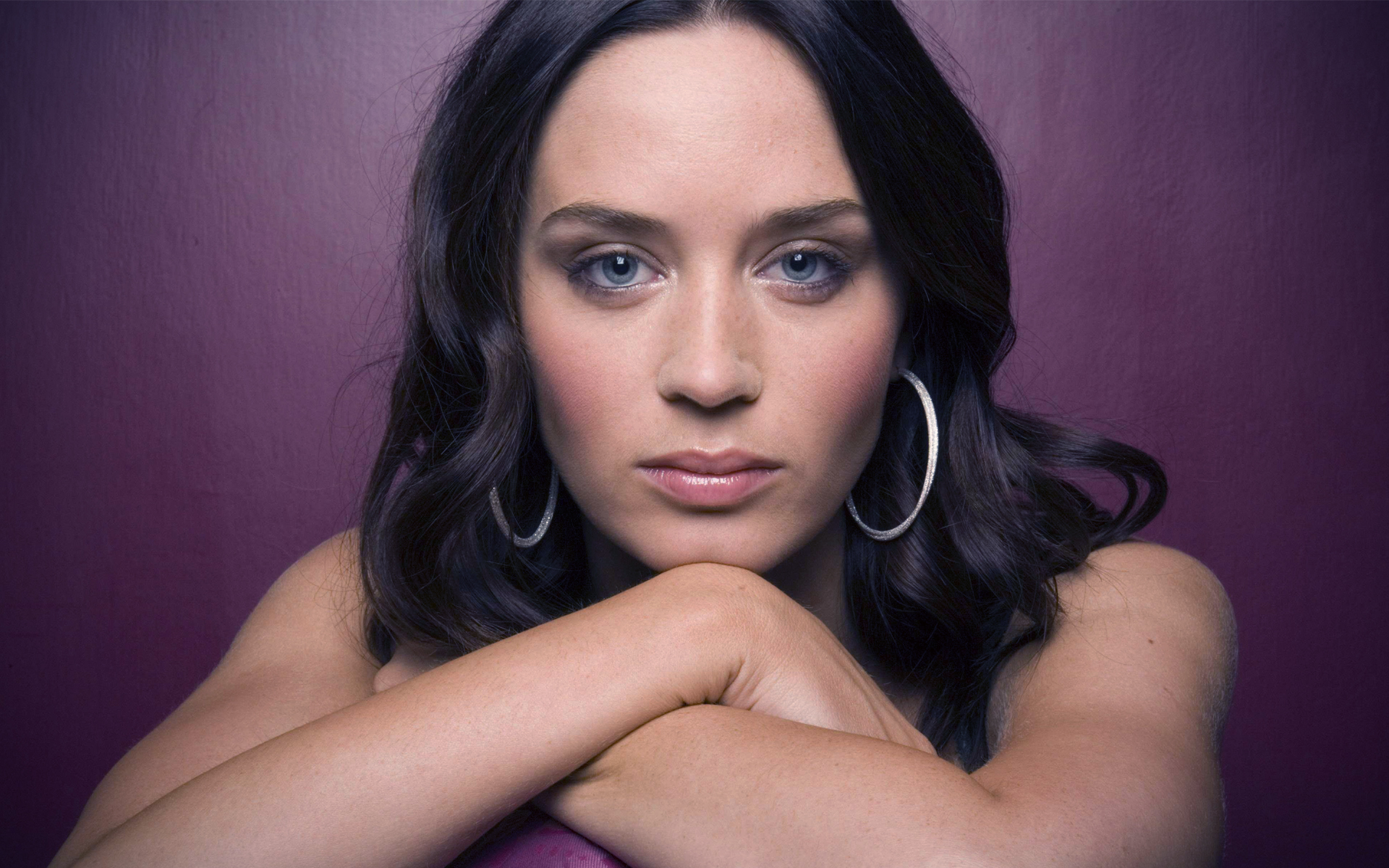 20 Gorgeous <b>HD Emily Blunt Wallpapers</b> - HDWallSource.com