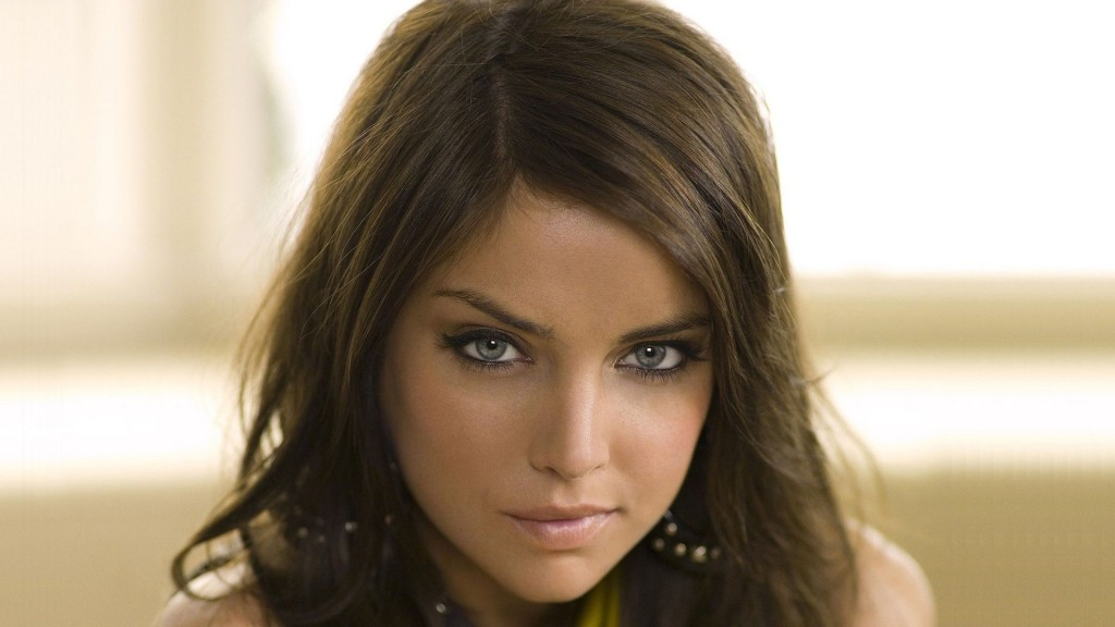 jessica-stroup-37237-38093-hd-wallpapers