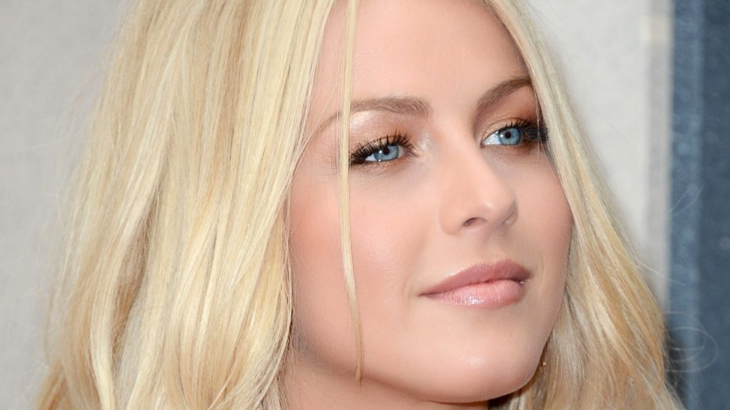julianne hough face background wallpapers