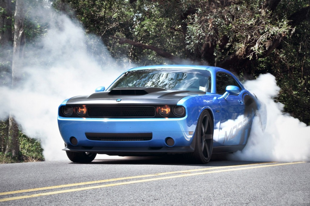 11 Awesome HD Car Burnout Wallpapers