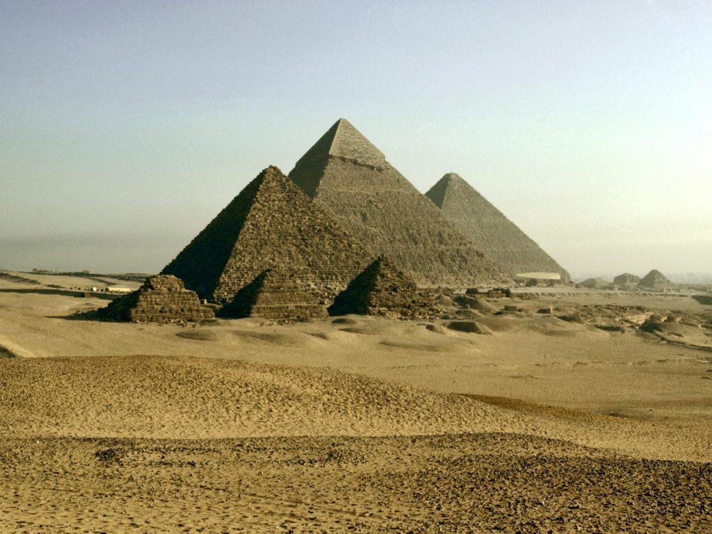 pyramid computer wallpapers
