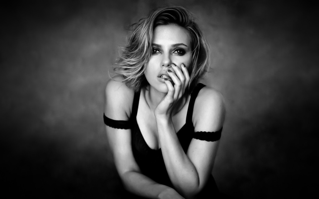 scarlett-johansson-11226-11599-hd-wallpapers