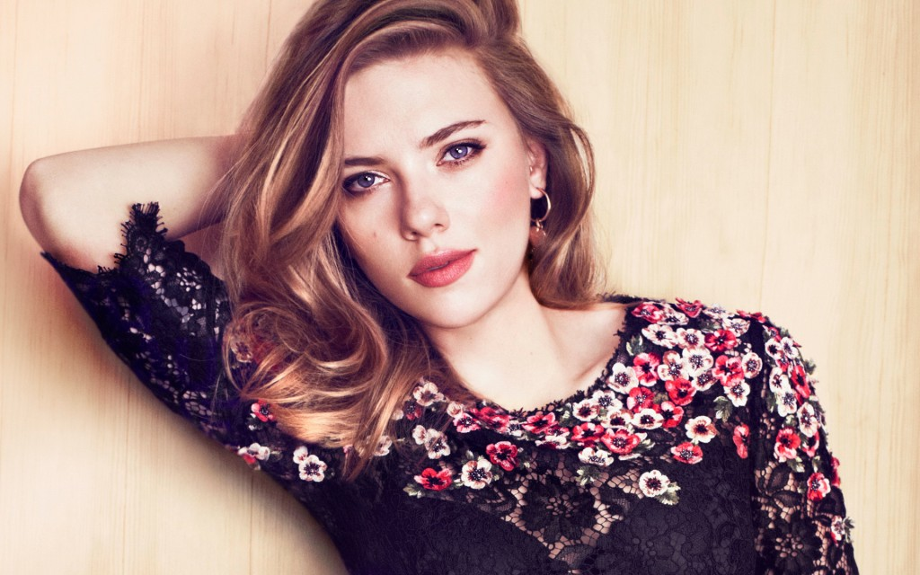 scarlett-johansson-11227-11600-hd-wallpapers
