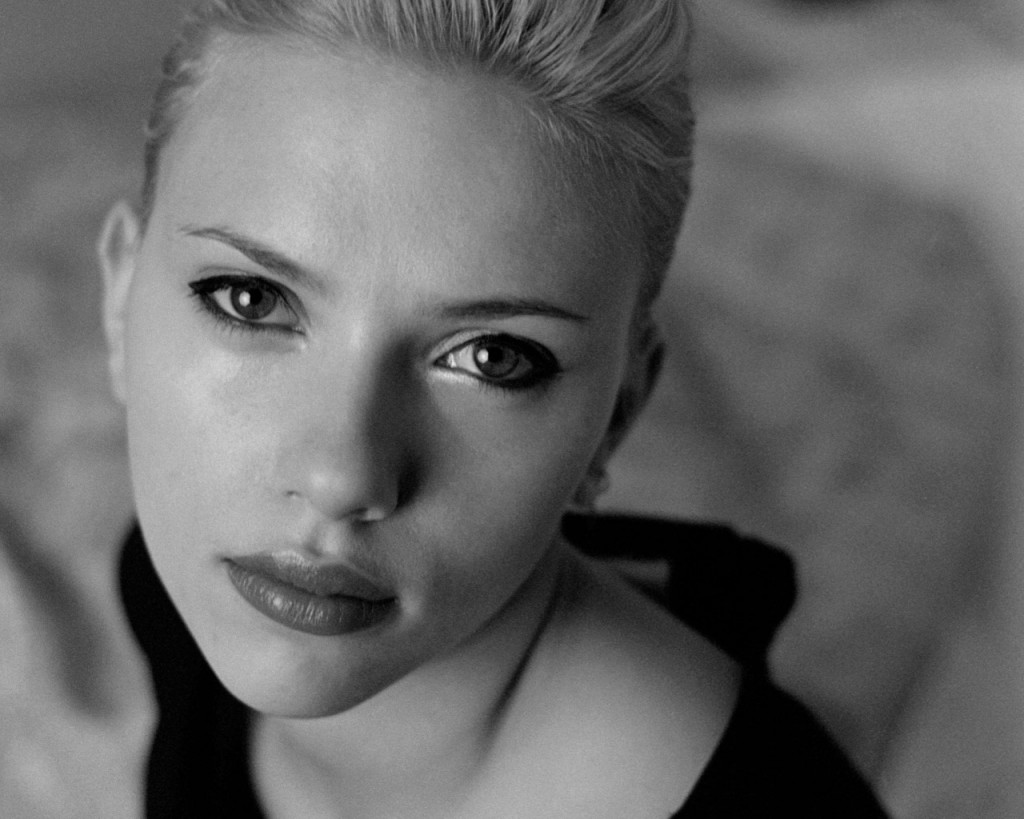 scarlett-johansson-wallpaper-24507-25176-hd-wallpapers