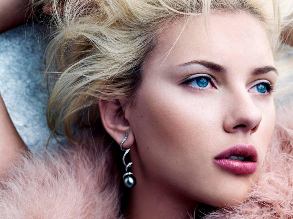 scarlett-johansson-wallpaper-24510-25179-hd-wallpapers