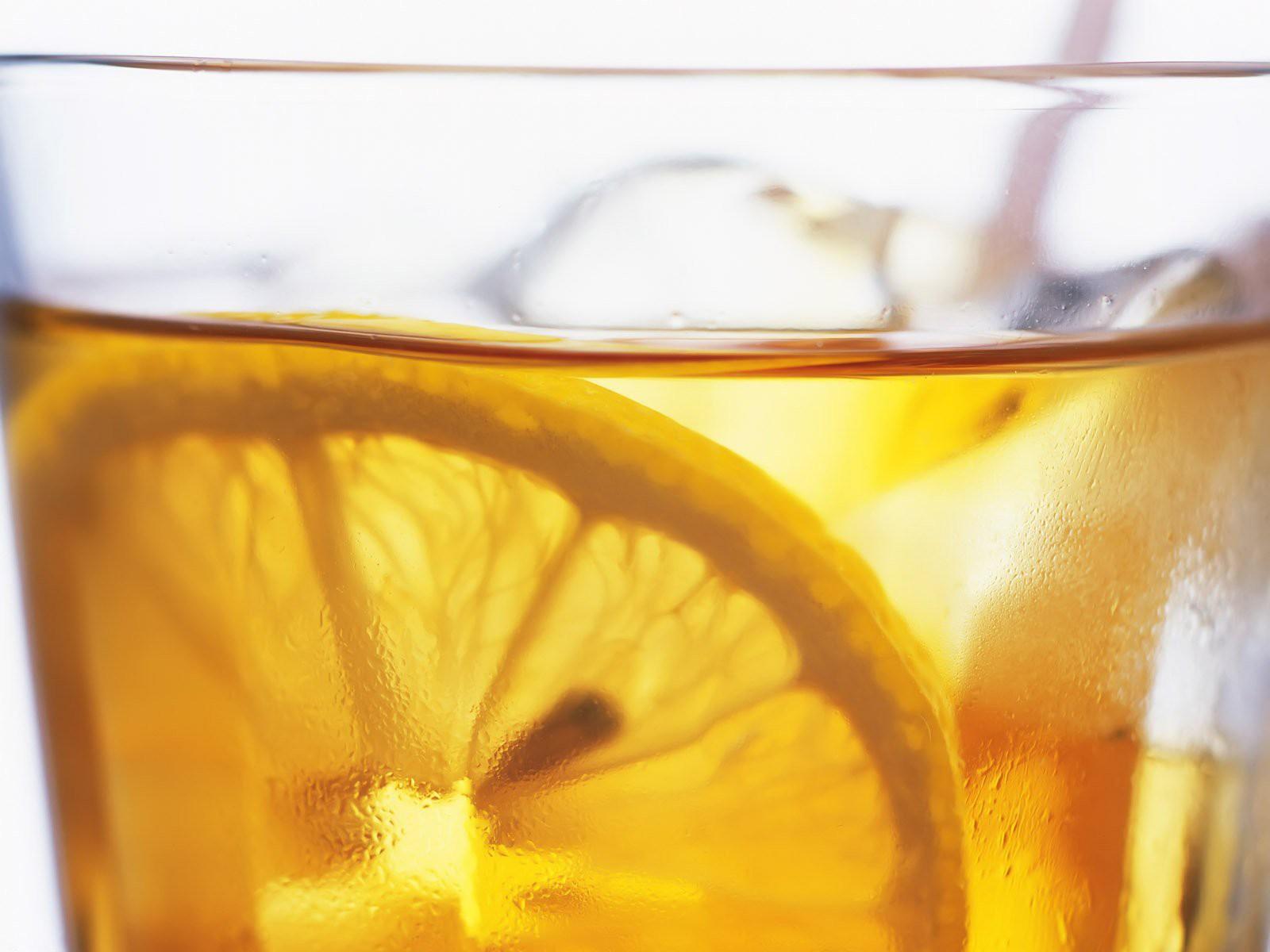8 Lovely HD Lemonade Drink Wallpapers