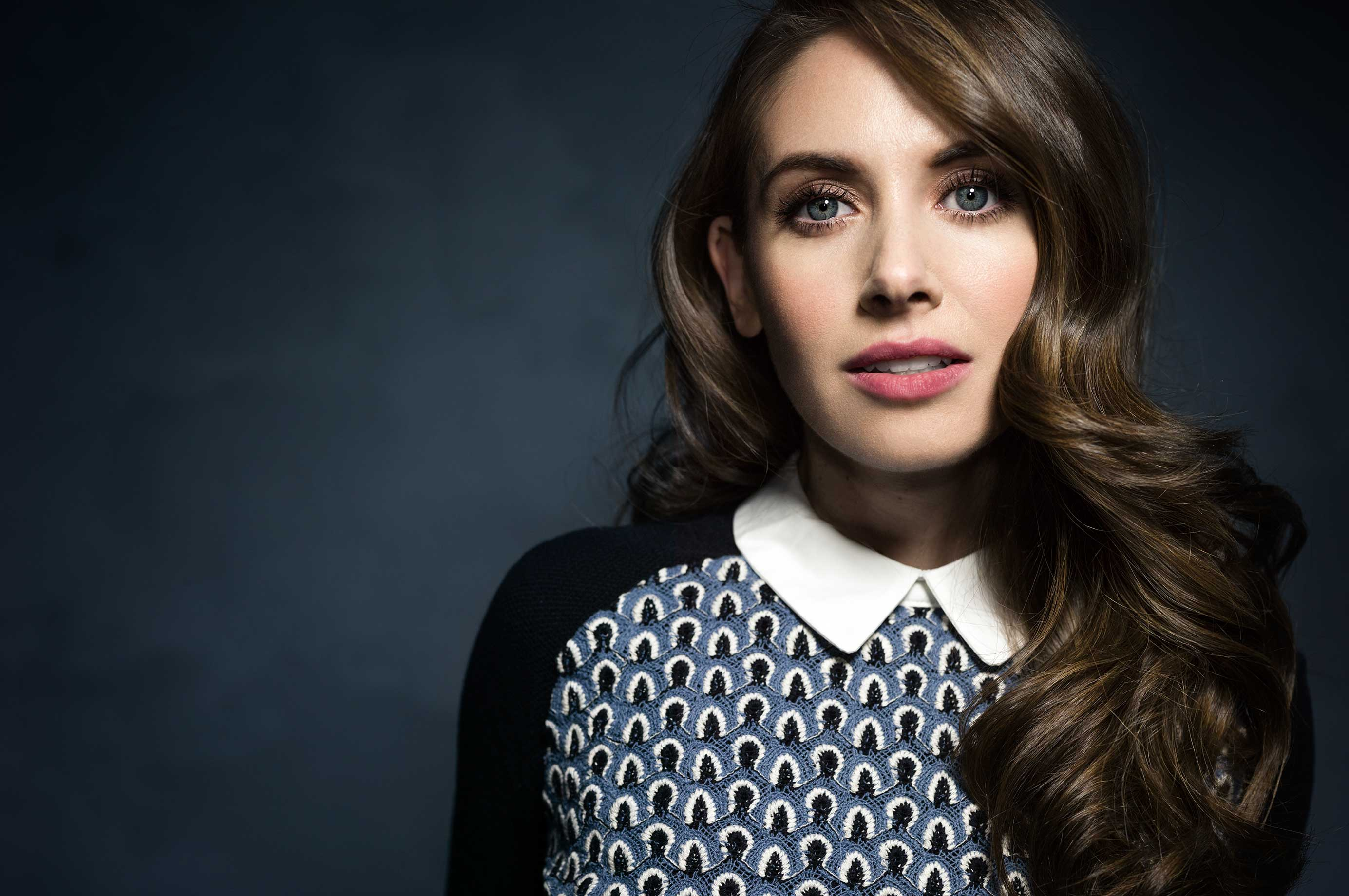 8 HD Alison Brie Wallpapers