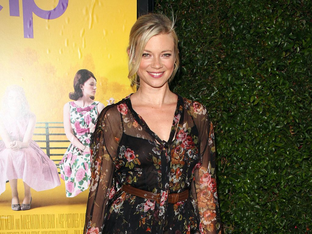 amy smart actress wallpapers