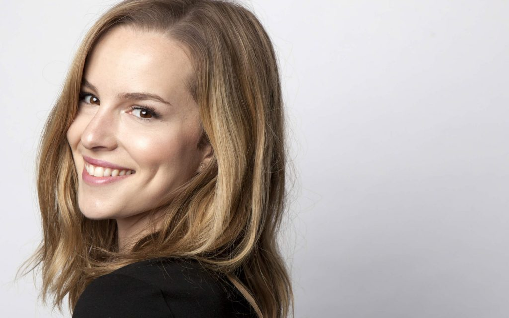 bridgit mendler smile wallpapers