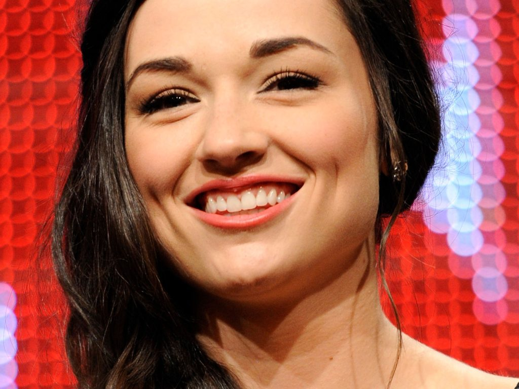 crystal reed pictures wallpapers