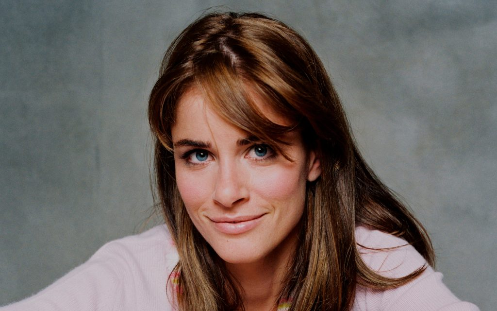 amanda peet wallpapers