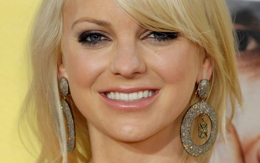 anna faris smile wallpapers