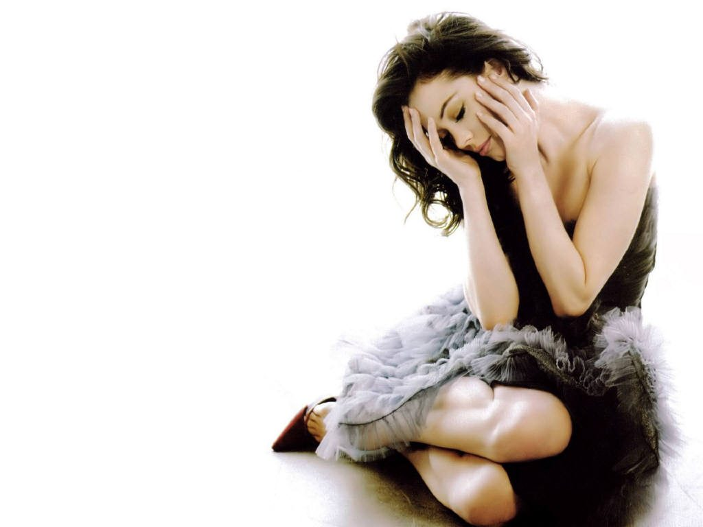 beautiful rose mcgowan wallpapers