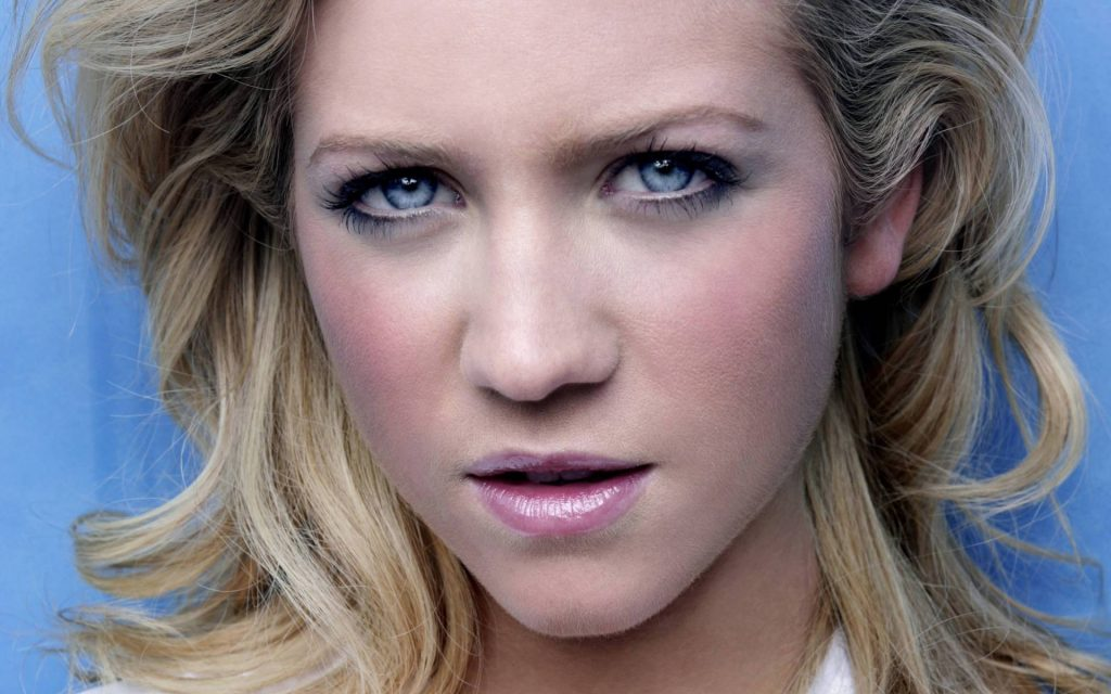 brittany snow face wallpapers