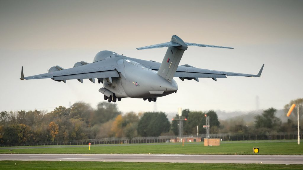 c17 aircraft take off wallpapers