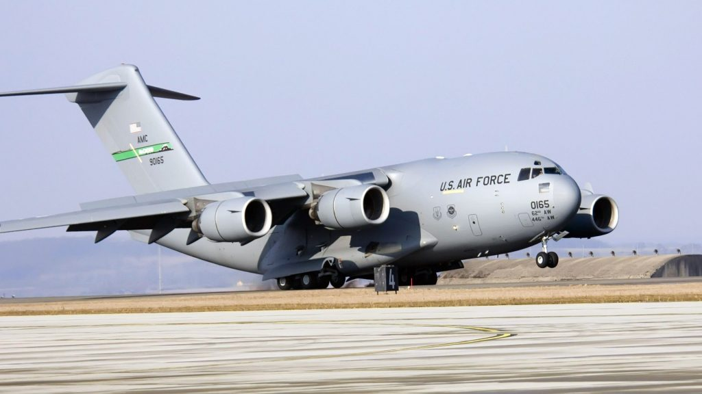 c17 take off widescreen wallpapers