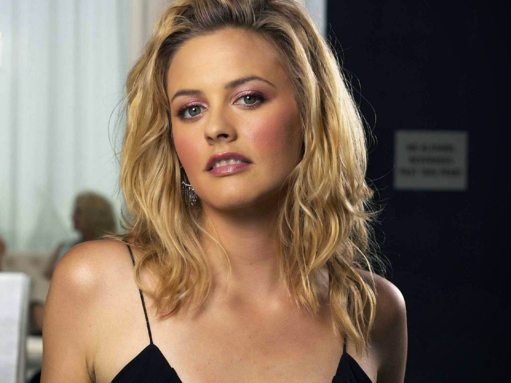 hot alicia silverstone wallpapers